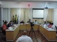 Legislativo aprova projeto que institui a Política Municipal sobre a chipagem de cães e gatos