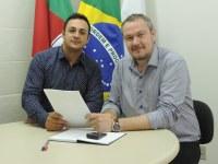 Presidente do Legislativo reúne-se com o Coordenador Regional de Saúde