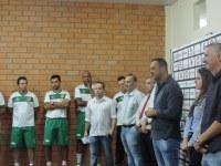 Vereadores prestigiam a apresentação do União Frederiquense